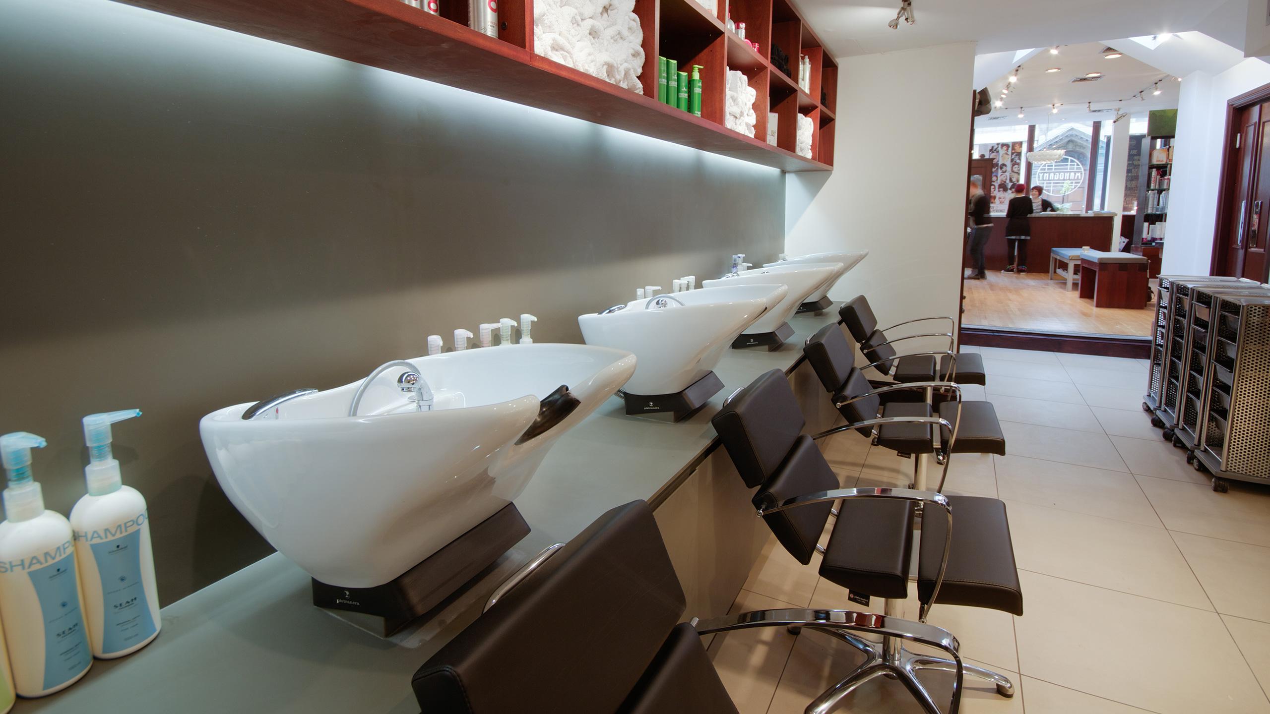 turl-street-oxford-mahogany-hair